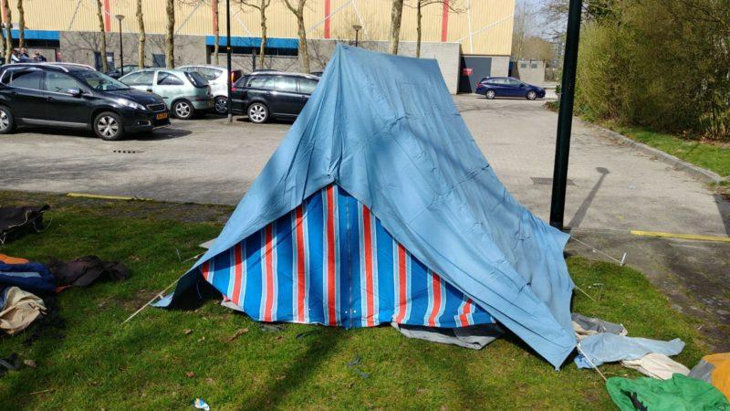 Retro tent